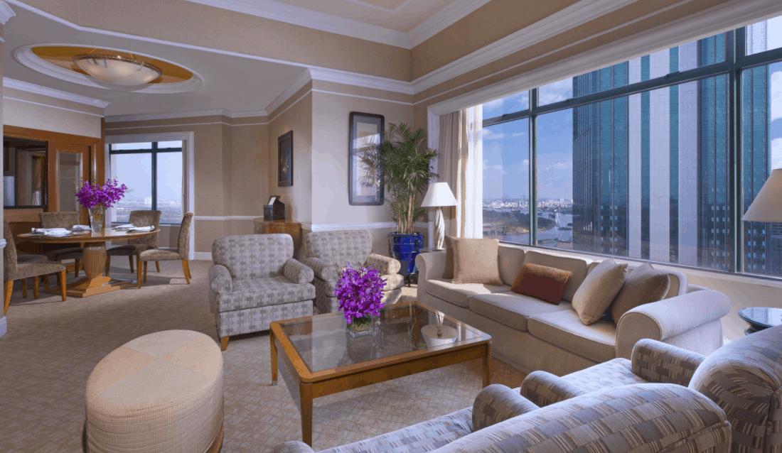 Không gian phòng khách được thiết kế sang trọng, cao cấp