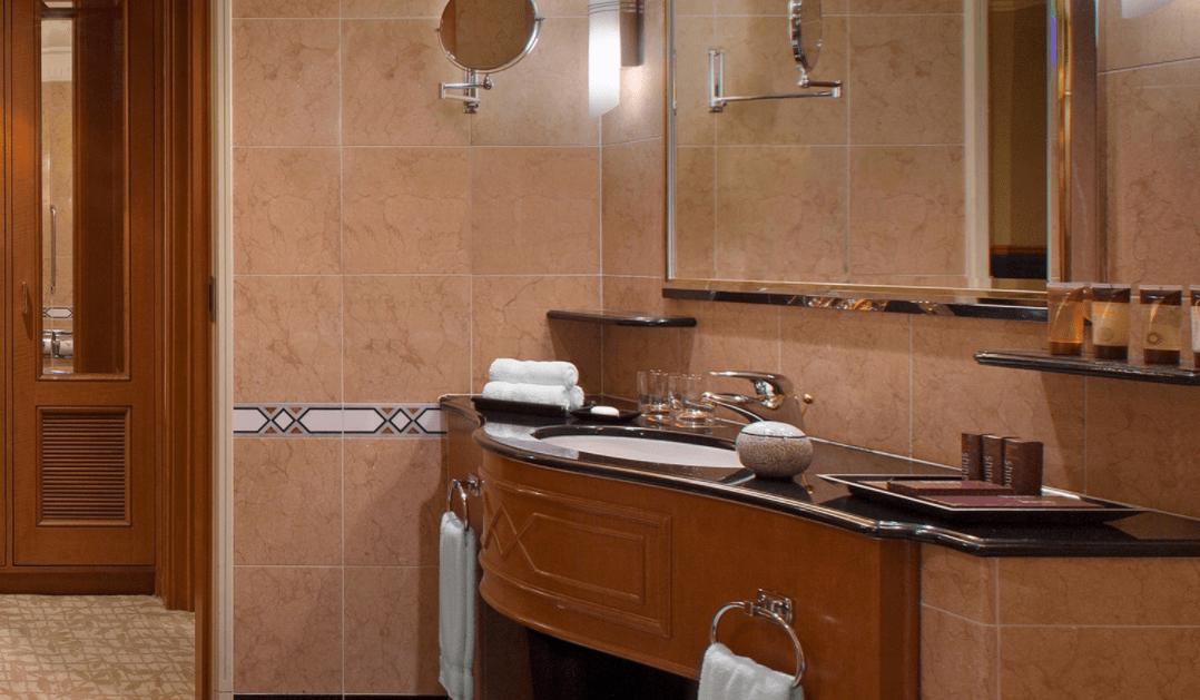 Hình ảnh phòng tắm riêng tại khách sạn Sheraton Saigon