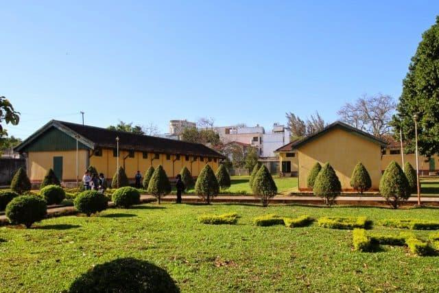 Khuôn viên trong khu di tích (Ảnh ST)