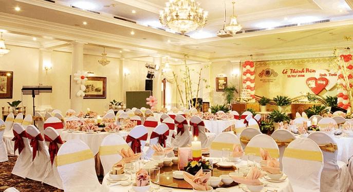 Tổ chức lễ thành hôn tại khách sạn Majestic