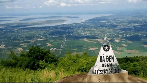 Chinh phục núi Bà Đen- Ngọn núi cao nhất Đông Nam Bộ