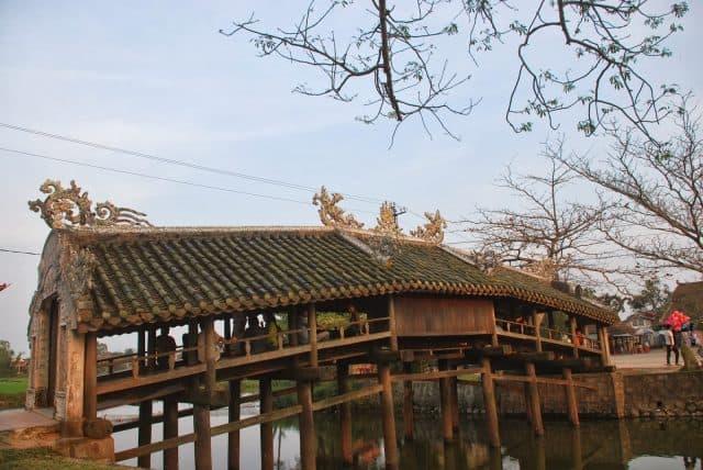 Cây cầu sở hữu những nét kiến trúc độc đáo tại Huế (Ảnh ST)