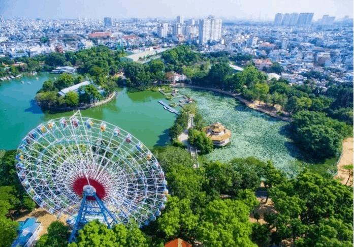 Hoạt động vui chơi, giá vé tại công viên nước Đầm Sen