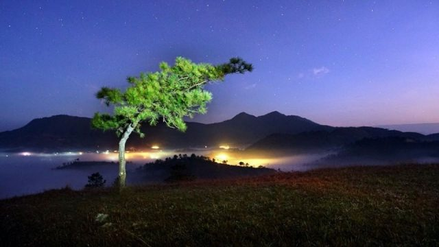 The dense fog of stars is so charming for everyone who has come here!  (Photo: ST)