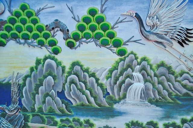 Tranh tường được vẽ rất cầu kỳ tại chùa Nam Sơn (Ảnh ST)