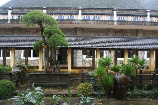 Khuôn viên của Đan viện Thiên An (Ảnh ST)