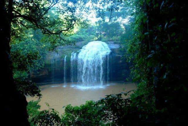 Hình ảnh thác Prenn thu hút ánh nhìn từ xa. (Ảnh: ST)