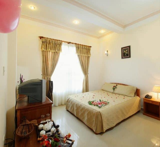 Phòng tại Gold Night Hotel