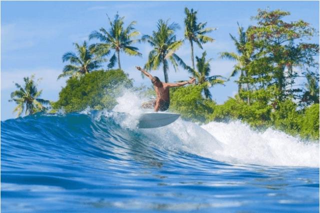 Trải nghiệm lướt sóng ở Bali