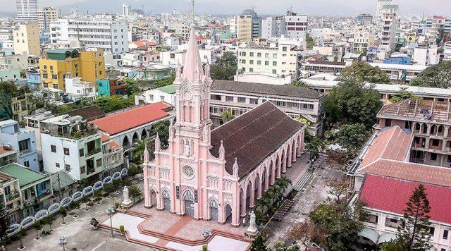 Quang cảnh nhà thờ nhìn từ trên cao (Ảnh ST)