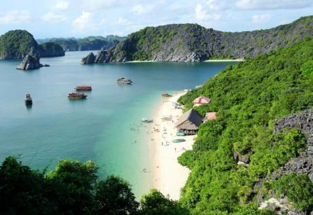 Lan Ha Bay travel