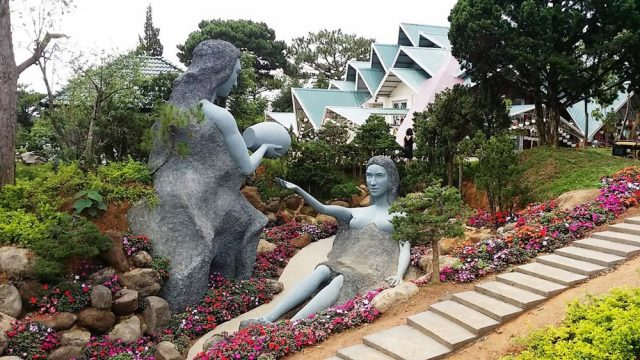 Khu du lịch Lá Phong Đà Lạt (Ảnh: ST)