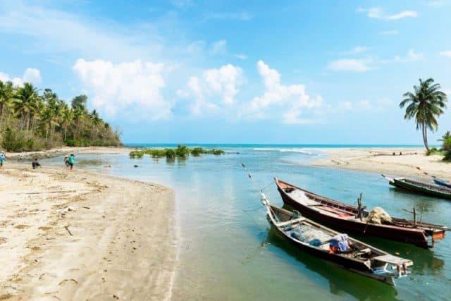 Ngapali- Bãi biển đẹp nhất Myanmar (Ảnh ST)