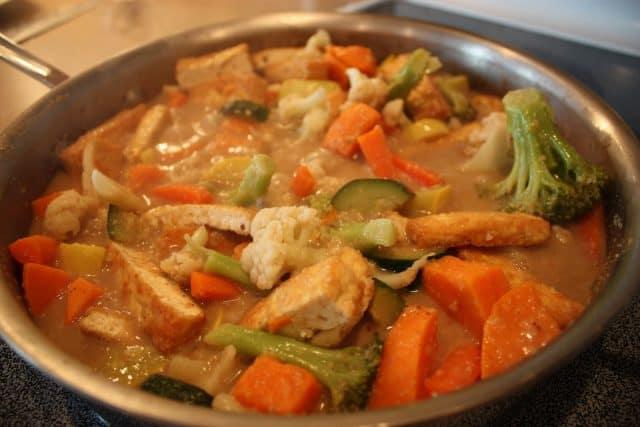 Cà ri - Món ăn mang hương vị truyền thống Myanmar (Ảnh ST)