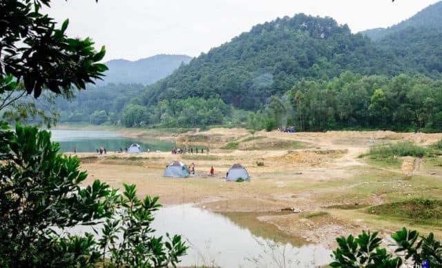 Địa chỉ cắm trại cuối tuần (Ảnh: ST)