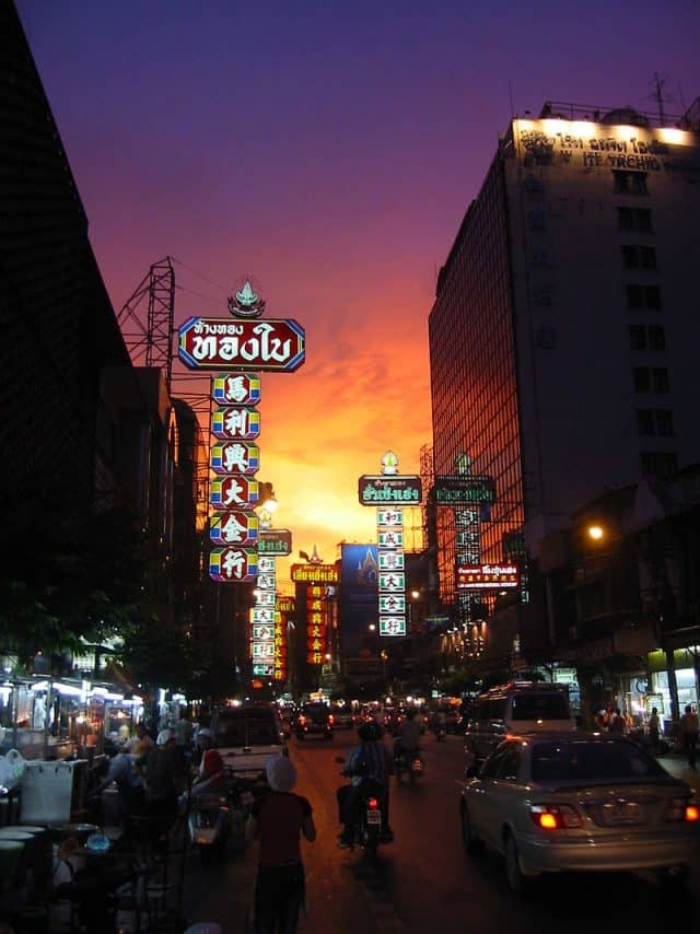 Chinatown Bangkok về đêm (Ảnh: ST)