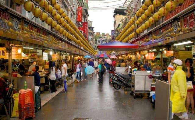 Khu chợ Miếu Khẩu, Cơ Long (Ảnh ST)