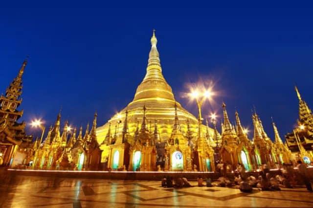 Chùa Shwedagon - địa điểm du lịch nổi tiếng ở Myanmar (Ảnh ST)