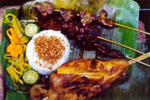 Cơm gà nướng thơm ngon Philippines (Ảnh: ST)