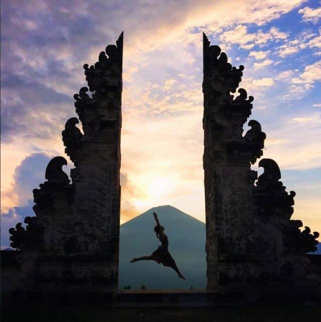 """""""Pose ảnh ngàn like"""" với cánh cổng trời Bali đẹp chất ngất - Vntrip.vn"""