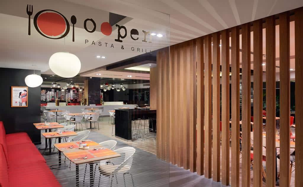 Hệ thống nhà hàng quán ăn đạt chuẩn 4 sao của Ibis Hotel