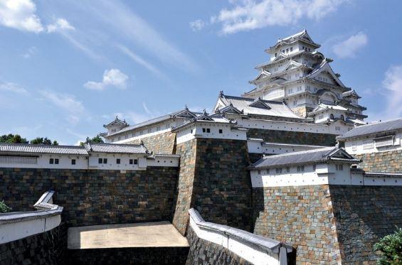 thăm quan lâu đài himeji