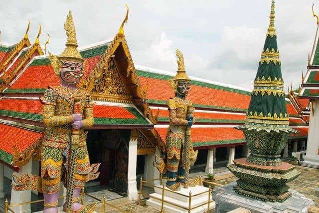 Mô hình Angkor Wat lừng lẫy tại chùa Phật Ngọc (Ảnh ST)