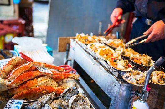 các món ăn hấp dẫn tại chợ cá Tsukiji