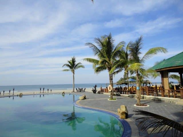 Bãi biển Ngwe Saung lãng mạn và bình yên (Ảnh ST)