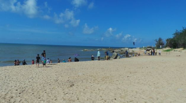 The fine sand beach of Phuoc Hai