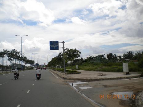 road to Phuoc Hai beach