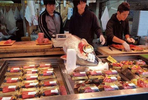 ẩm thực chợ cá Tsukiji