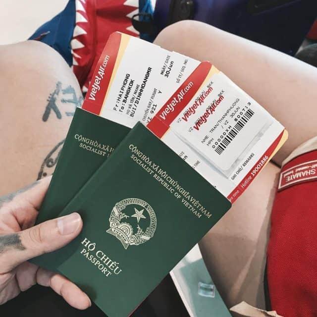 Vé máy bay khứ hồi đi Thái Lan (Ảnh ST)