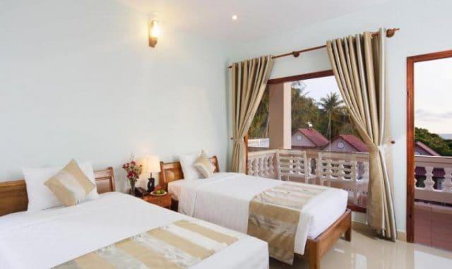 Phòng ngủ của khách sạn nhìn sang trọng (Ảnh ST)