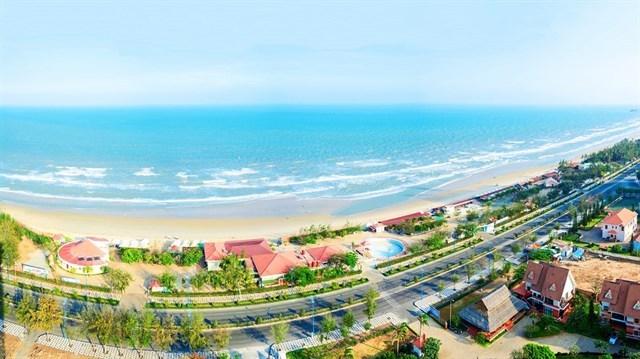 Biển Vũng Tàu xanh qua ống kính của khách sạn (ảnh ST)