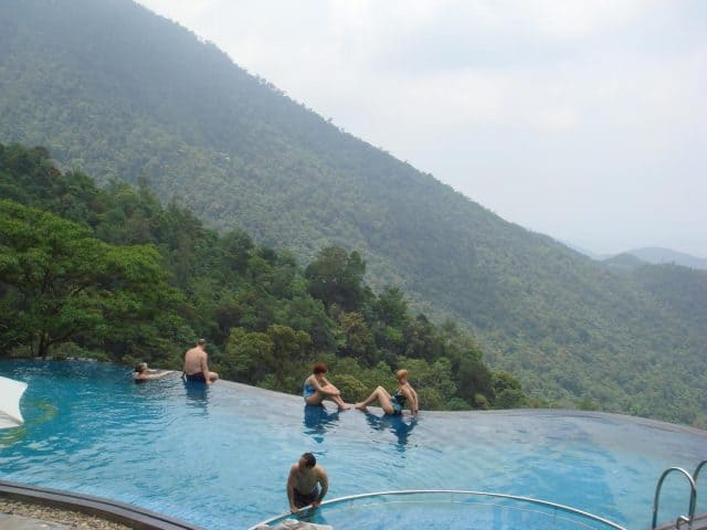 View bể bơi Belvedere Resort
