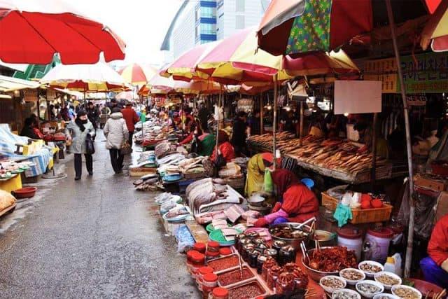Chợ hải sản lớn ở Hàn Quốc (Ảnh: ST)