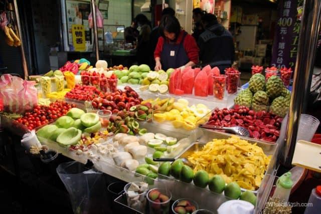 Ngập tràn đồ ăn tại chợ đêm này (ảnh ST)