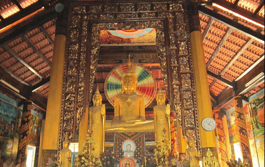 Khu vực niết bàn trang nghiêm nhất chùa Âng (ảnh sưu tầm)