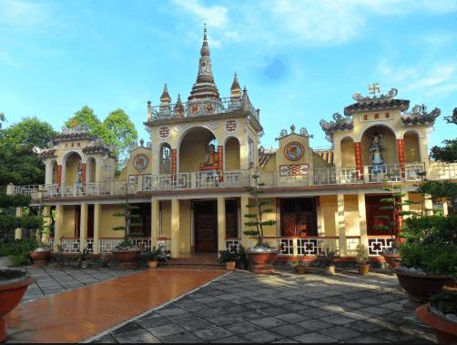 Ngôi chùa không đẹp lạ nhưng vẫn nổi bật (ảnh ST)