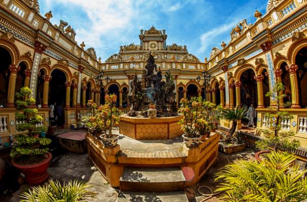 Chùa Vĩnh Tràng - địa điểm du lịch độc đáo của tỉnh Tiền Giang