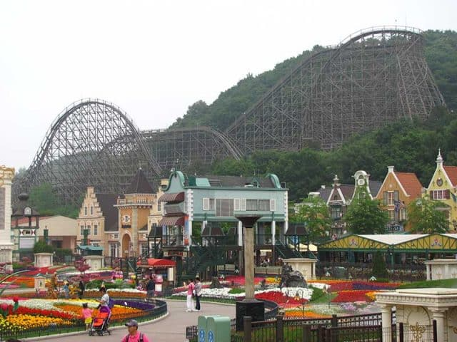 Công viên giải trí lớn nhất của Hàn Quốc (Ảnh: ST)
