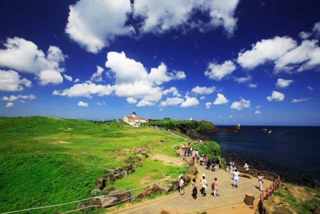 Hòa đảo Jeju thu hút nhiều du khách trong và ngoài nước (Ảnh: ST)