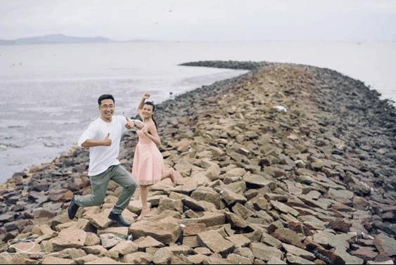 Bãi đá nổi tiếng ở đảo Thạch An (ảnh ST)