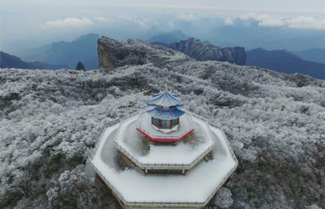 Ngôi đền trên đỉnh (ảnh ST)