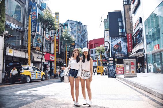 Lựa một vài item thời trang rồi ăn vận như những bạn trẻ xứ Đài - một trải nghiệm đáng thử đấy chứ!