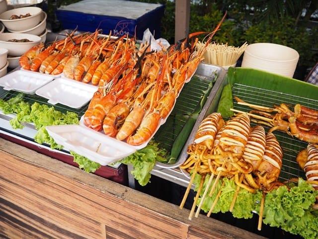 Nhớ chuẩn bị một chiếc bụng đói để oanh tạc hải sản Vũng Tàu (ảnh ST)