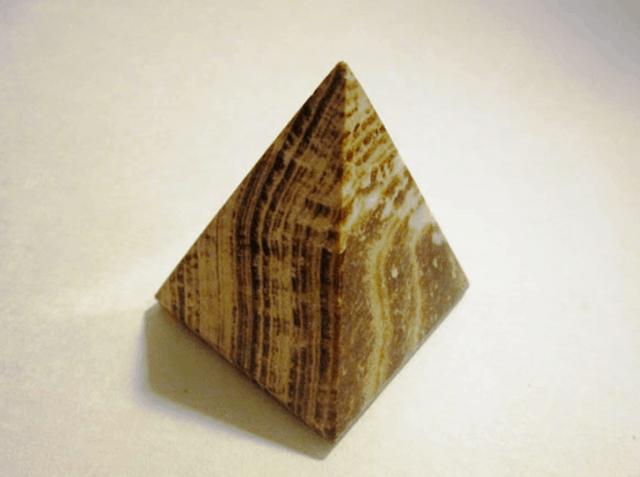 con dấu đá aragonit