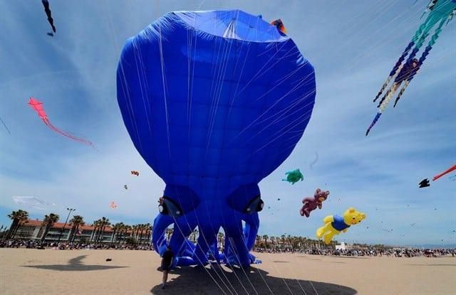 Lễ hội diều biển từng gây bão mạng xã hội suốt một thời gian dài (ảnh ST)