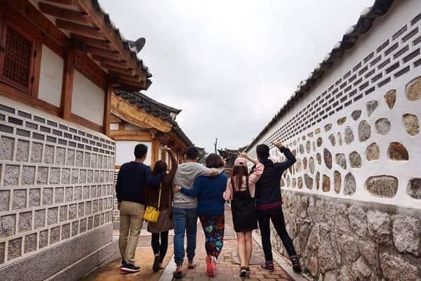 Không gian yên bình của những ngôi nhà xưa Hàn Quốc (Ảnh: ST)